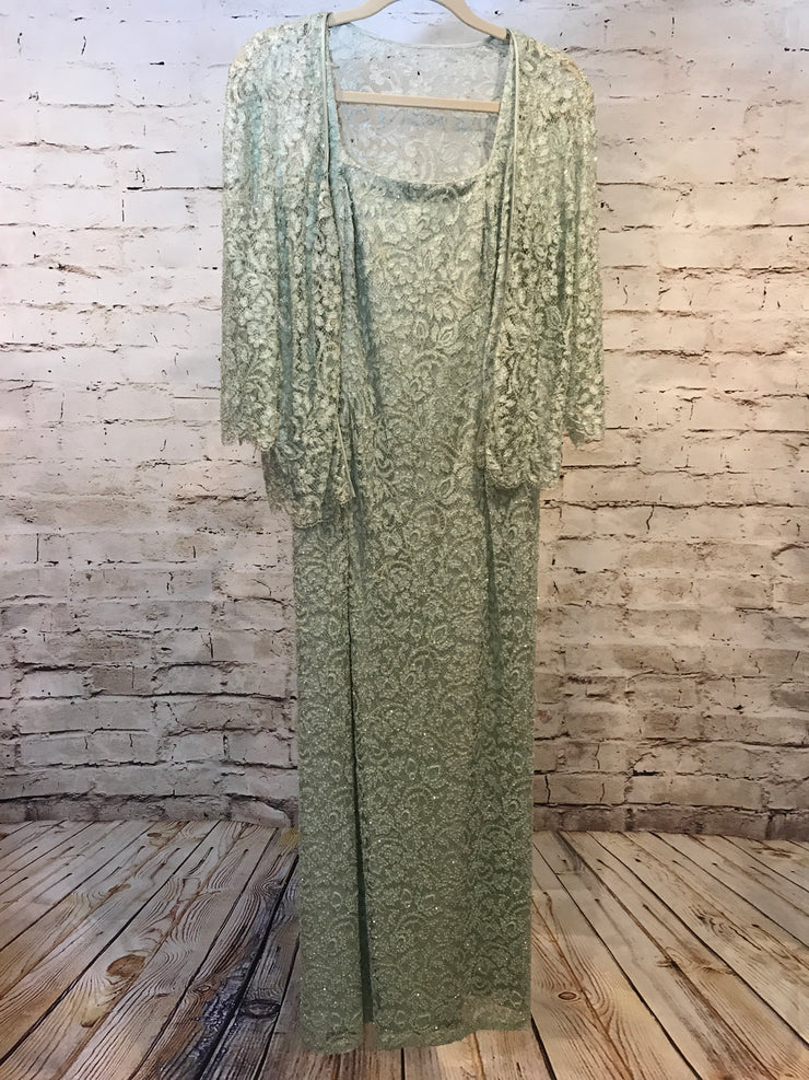 LIGHT GREEN 2 PC. GOWN SET