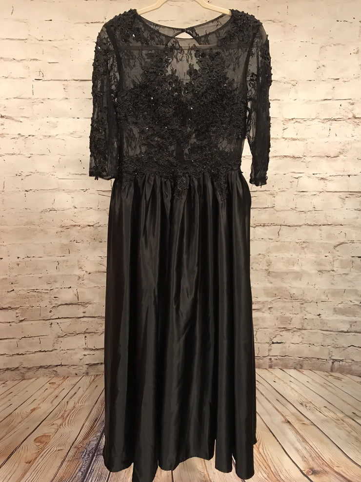 BLACK A LINE GOWN (NEW)