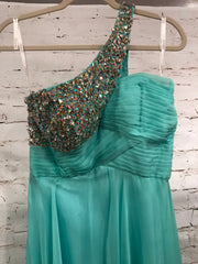 LT. GREEN ONE SHOULDER LONG GOWN
