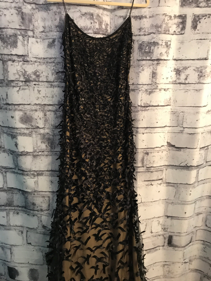 BLACK/TAN EVENING GOWN $4895