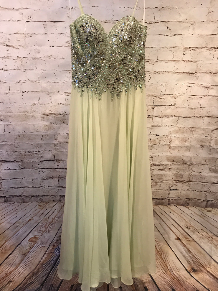 GREEN LONG EVENING GOWN (NEW)