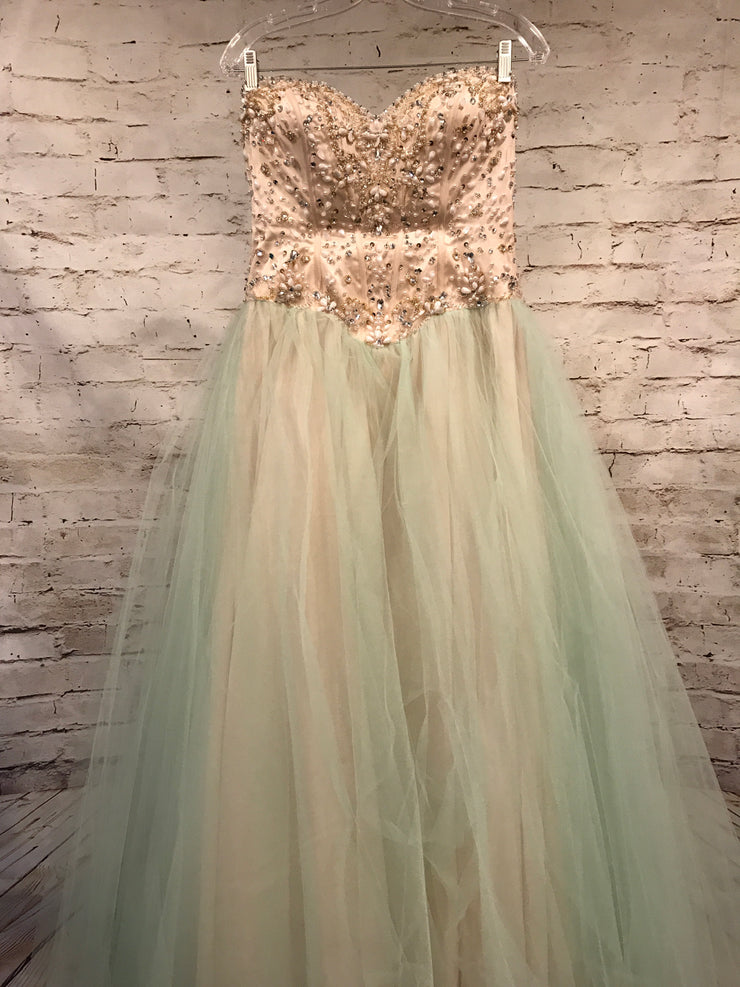 LIGHT GREEN/IVORY PRINCESS GOWN