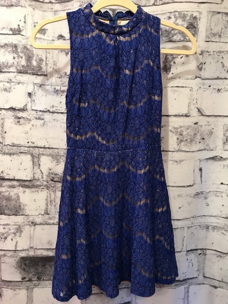 ROYAL BLUE LACE SHORT DRESS