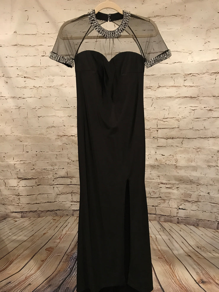 BLACK LONG EVEN. GOWN W/ MESH