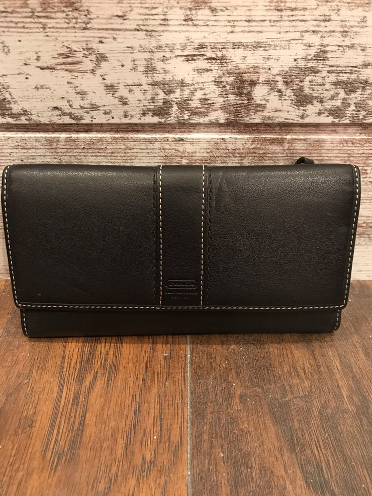 BLACK WALLET (NEW) $150