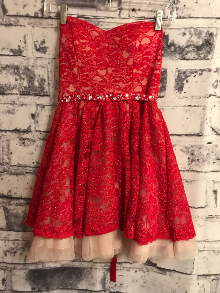 RED LACE SHORT DRESS