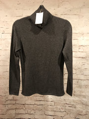 NEW - GRAY LONG SLEEVE TURTLENECK $225