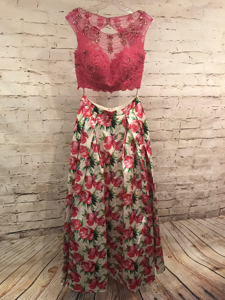 PINK FLORAL 2PC GOWN SET $800