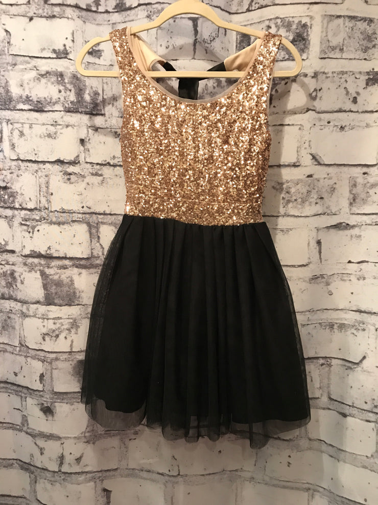 BLACK/GOLD SHORT DRESS