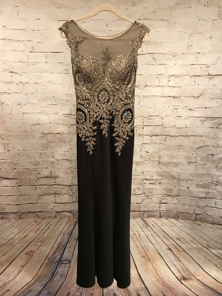 BLACK/GOLD LONG EVENING GOWN