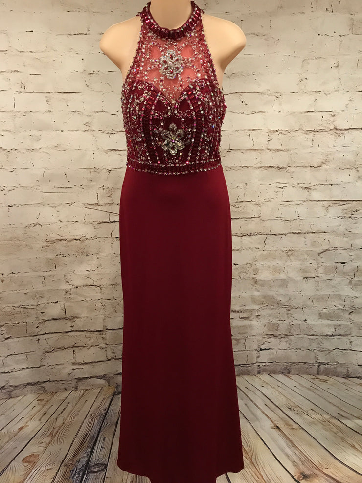 BURGUNDY LONG EVENING GOWN