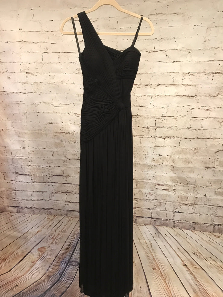BLACK LONG EVENING GOWN