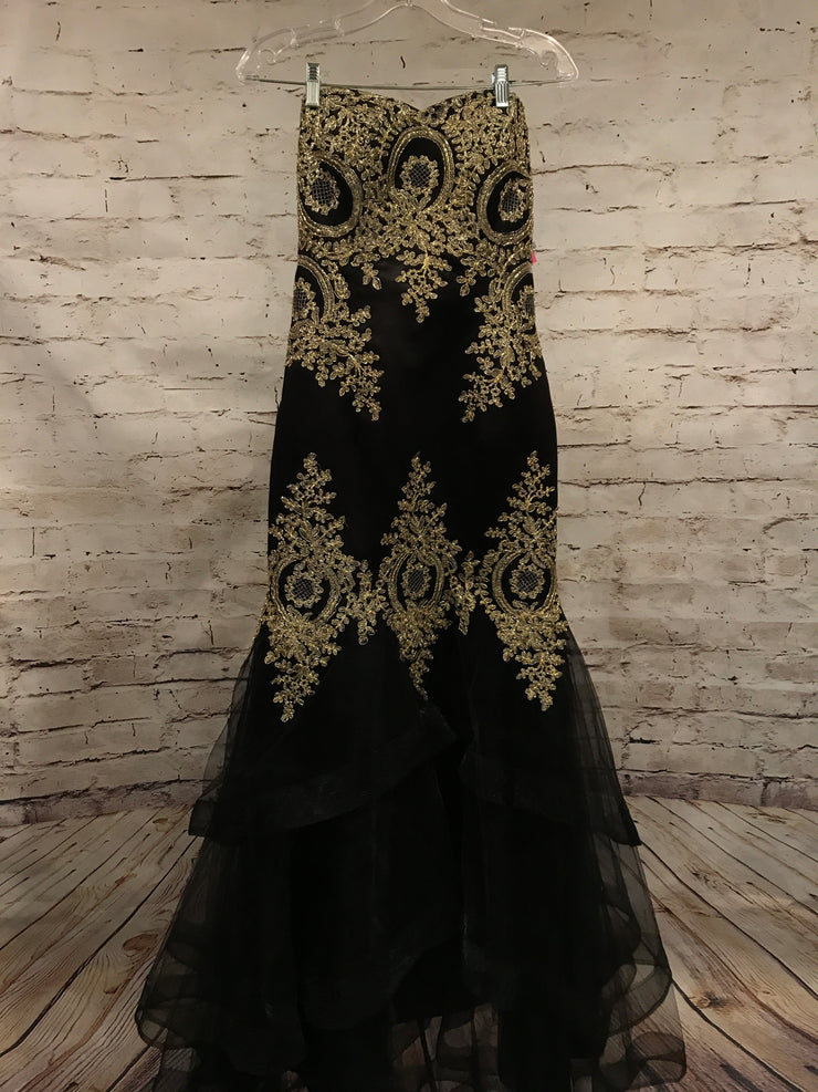 BLACK/GOLD MERMAID GOWN