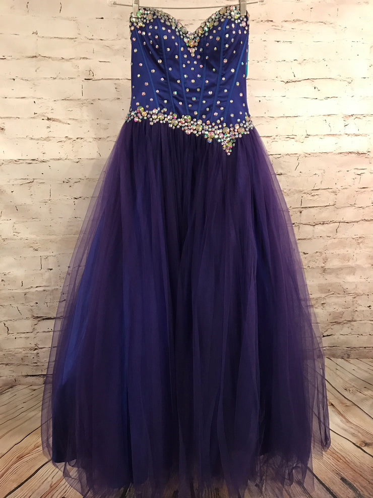 NEW PURPLE PRINCESS GOWN