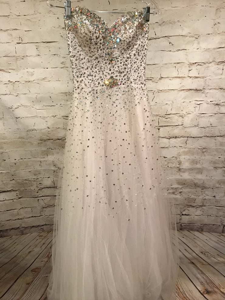 WHITE PRINCESS GOWN