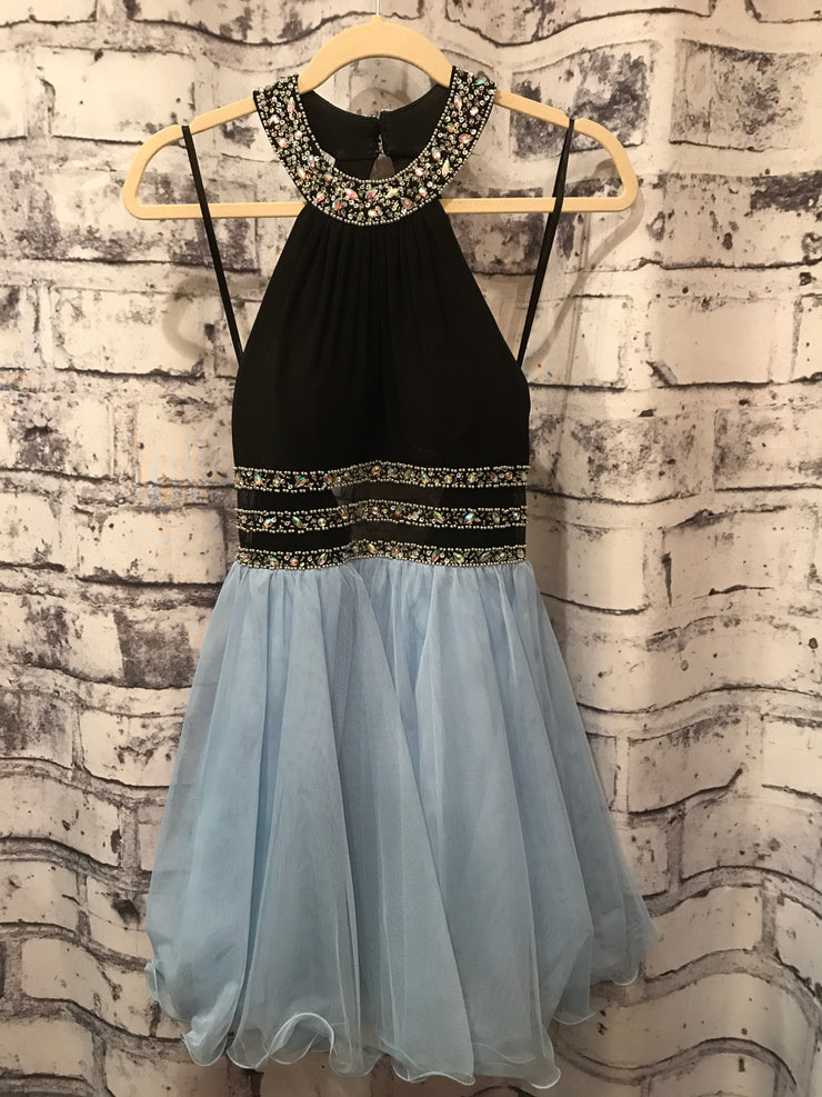LIGHT BLUE/BLACK SHORT DRESS