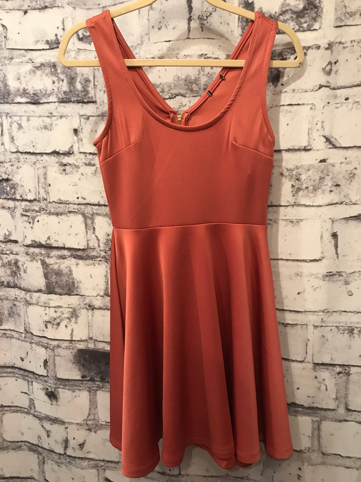 RUST COLORED SHORT DRESS