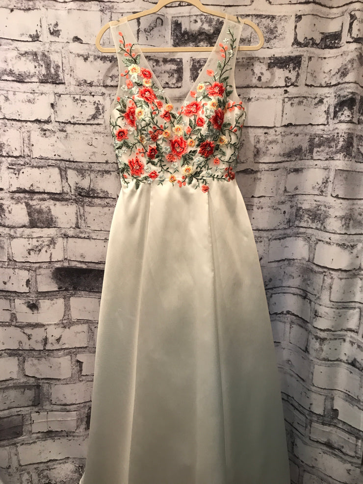 WHITE/FLORAL TAFETTA GOWN