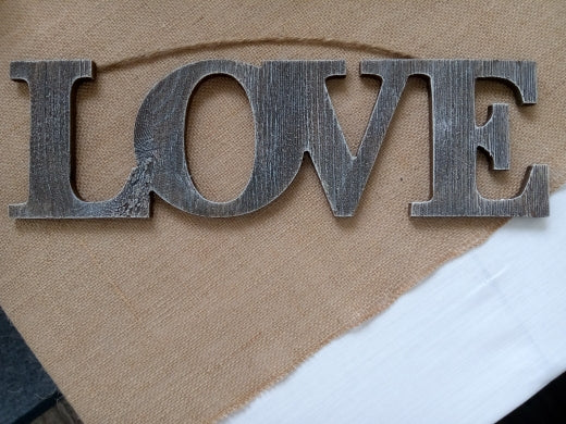 "Wall Decor - ""Love"" Sign"