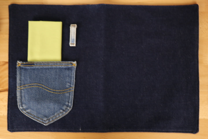 Placemat - Blue Denim, Napkin - Spring Green