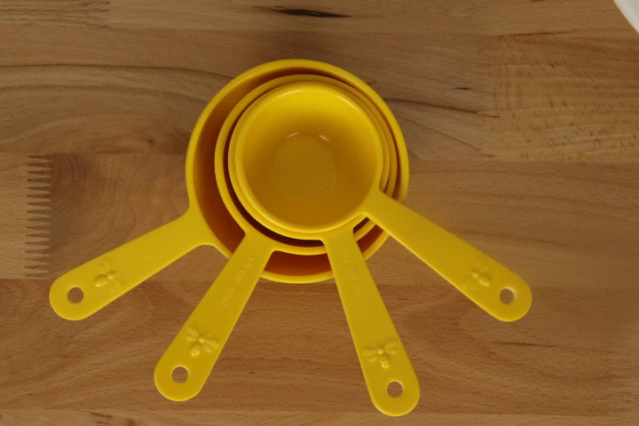 Bee Hive - Measuring Cup Set/4
