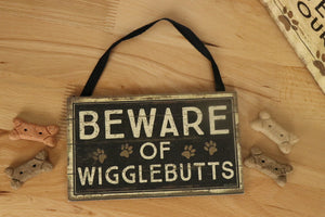 Wigglebutts - Wall Decor