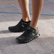On Cloud X Shoes - Black / Asphalt