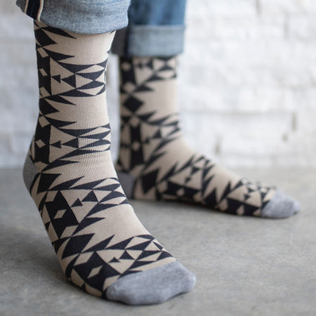 ULAH / Sock 101 Aztec Pattern Socks Tan/Black/Grey