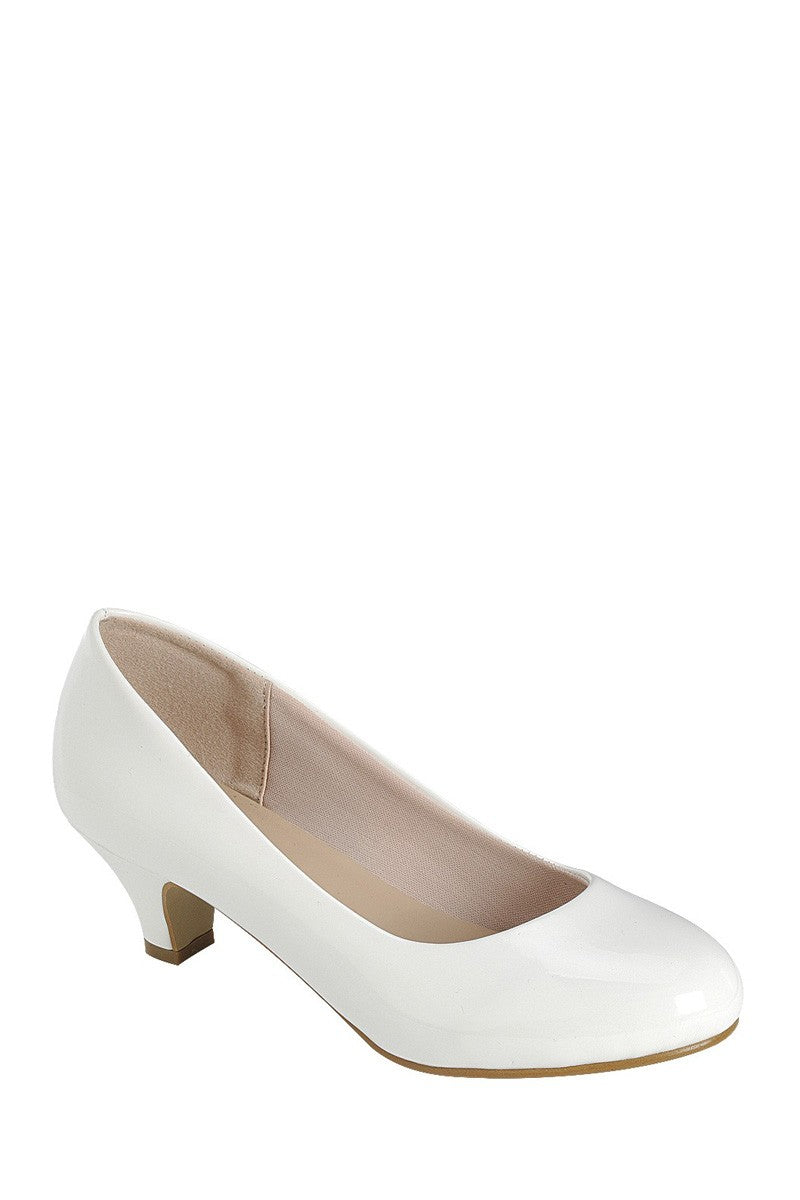 Ladies fashionable slip on shoes