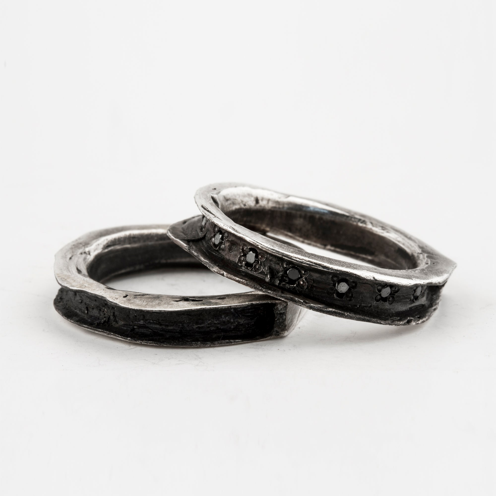 Cavity Ring Set with Black Diamonds