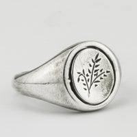Grass Flip Signet Ring