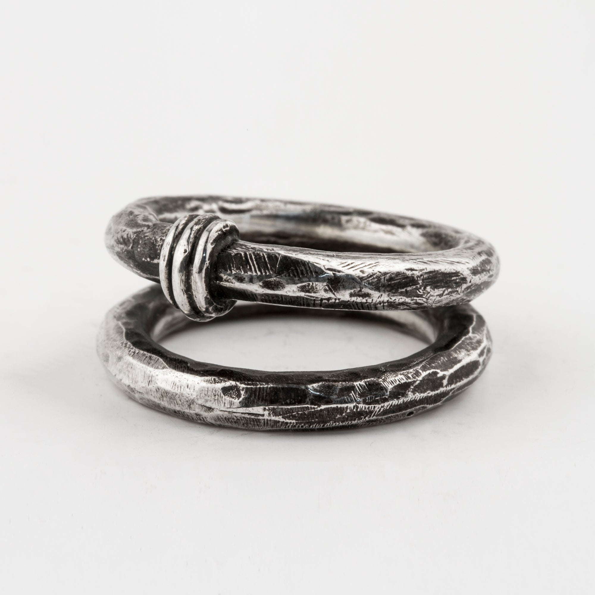 Spine Double Ring