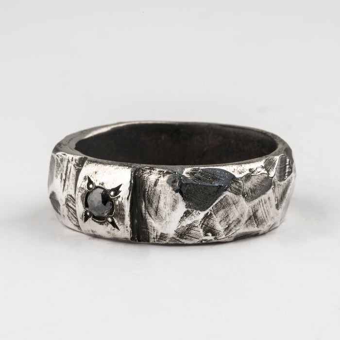 Carved Thin Ring with Grey Diamond