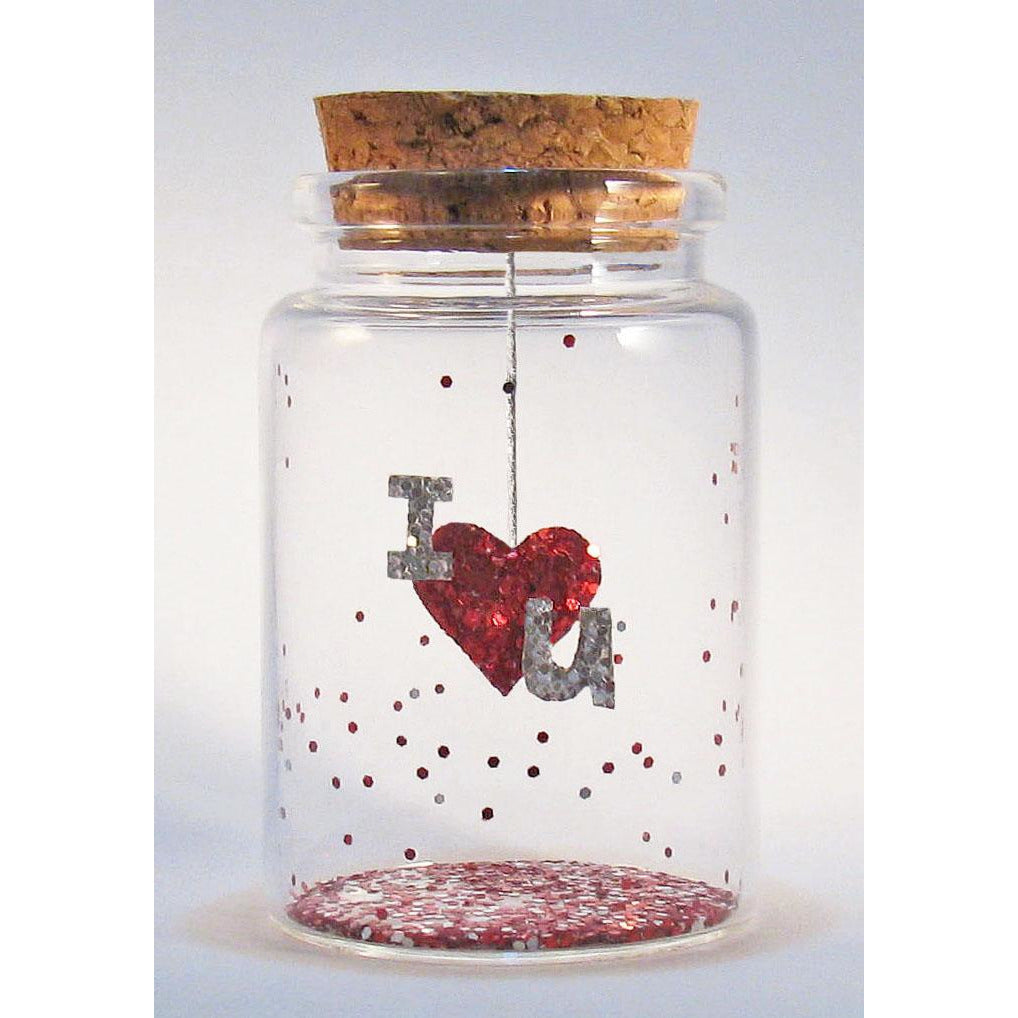 'I (heart) U' Message in a Bottle