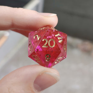 Strawberry Sparkler Single d20