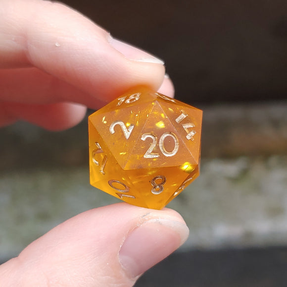 Honey Glow Matte Single d20