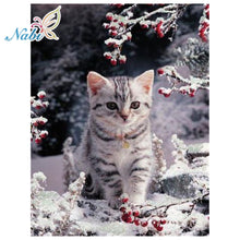 Load image into Gallery viewer, Diamond embroidery animals cat - TuneUpTrends.com