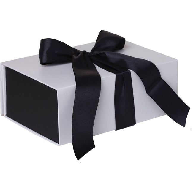 Jillson & Roberts Medium Gift Box with Ribbon Tie, Sophisticate White Matte (12 Pcs)