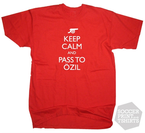 Keep Calm and Pass to Mesut Özil Football T-Shirt All Sizes Arsenal T-Shirt