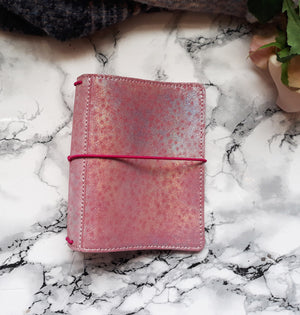 Pocket +/ Holo Pink leather