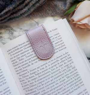 Lilac magnetic bookmark