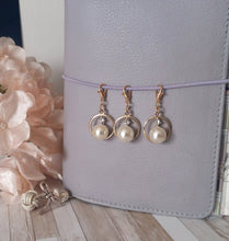 Pearl and Cristal Charm