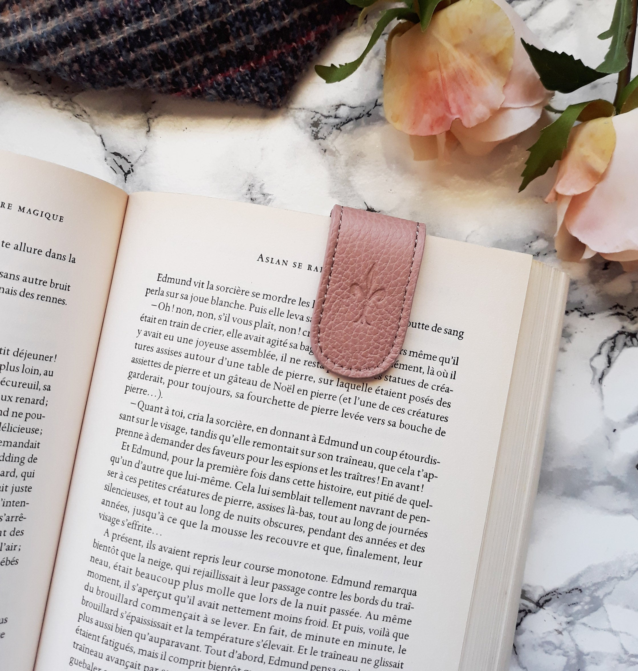 Water Rose magnetic bookmark