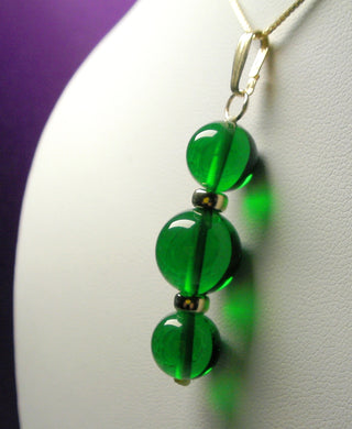 Green (Deep) Andara Crystal with Gold Pendant (2 x 10mm & 1 x 12mm)