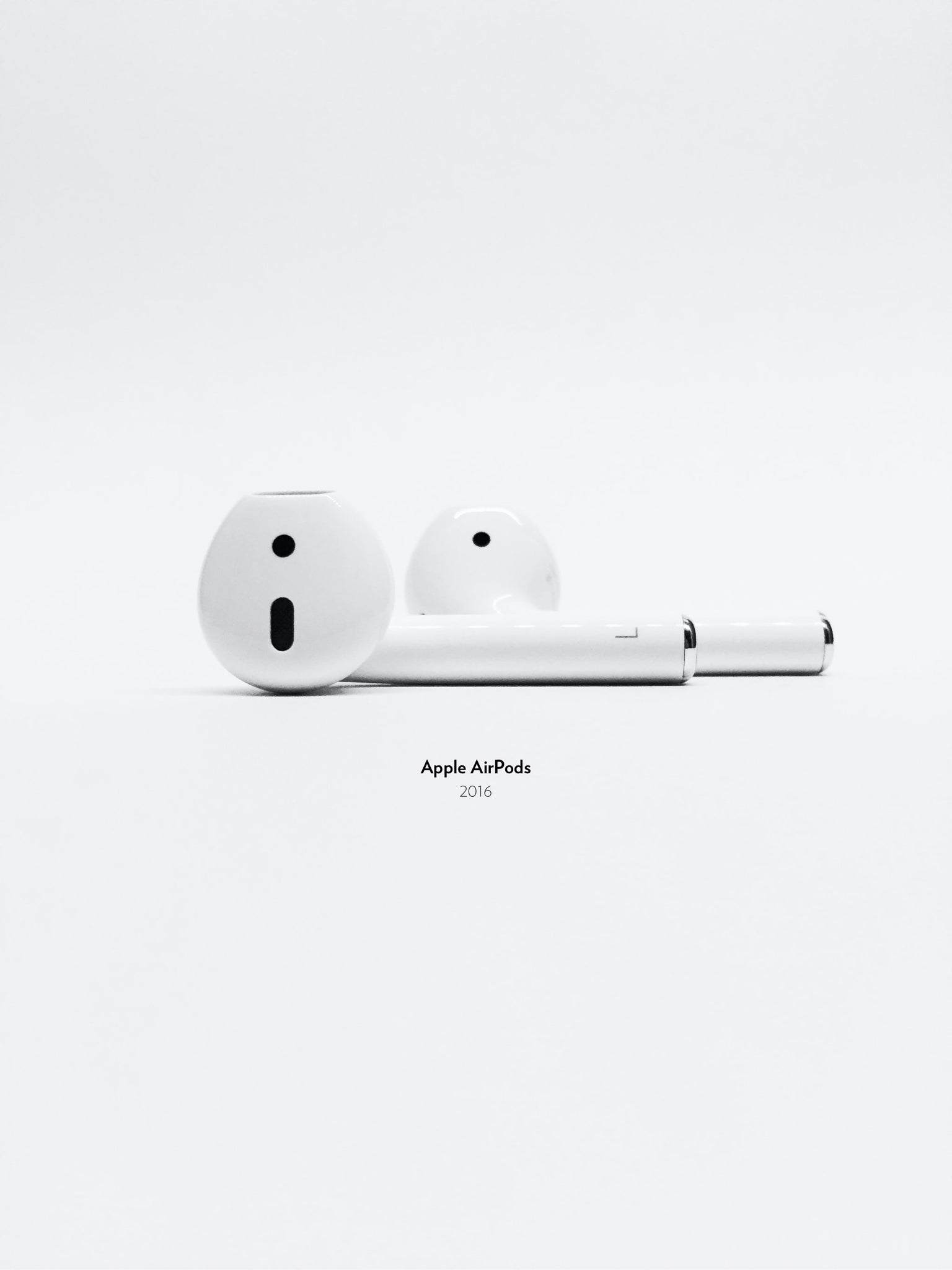 Apple AirPods, 2016.