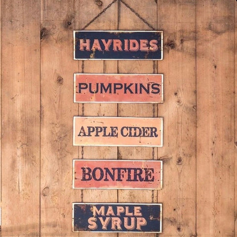 Hayrides & Pumpkins Sign