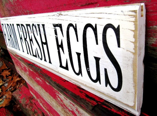 #569 FARM FRESH EGGS sign