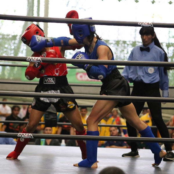 Coral Carnicella fighting Mexico at the 2019 South American Championship