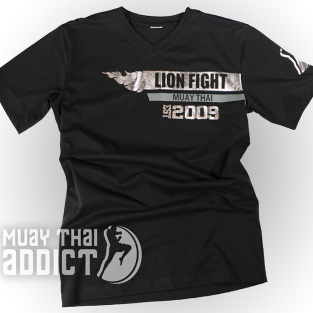 Lion Fight EST. 2009 SILVER T-Shirt
