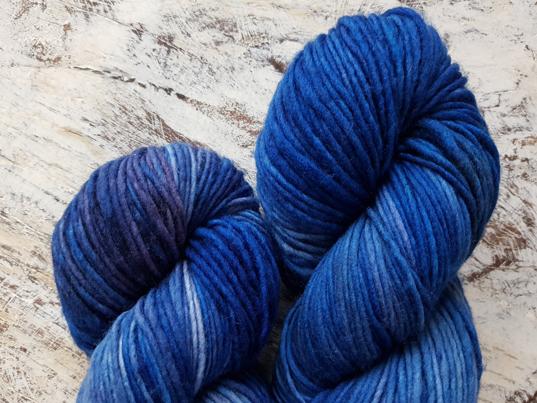 Lunar Eclipse - Chunky Merino - Worsted weight - single ply